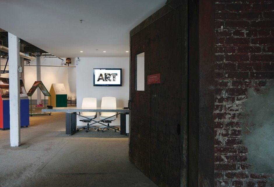 ART_Sales_Centre_Interior_01_940x643