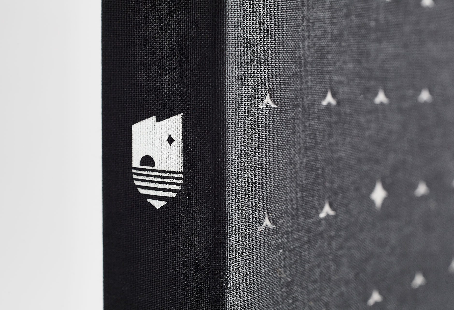 The Lakefront Brochure box detail